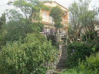 5838  A1(2+2) - Ribarica - Karlobag vacation rentals