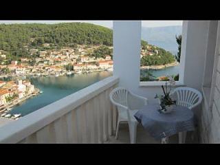 5945  SA Jelena1 (2+1) - Pucisca - Pucisca vacation rentals