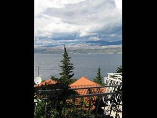 7978 H(6+1) - Splitska - Splitska vacation rentals