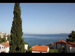 7994 A2(4+2) - Okrug Gornji - Okrug Gornji vacation rentals