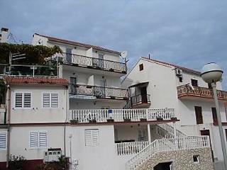 03004VIS  A1(2+1) - Vis - Vis vacation rentals