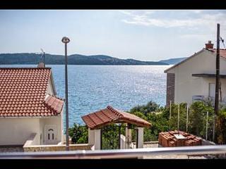 001TROG A3(2+2) - Trogir - Trogir vacation rentals