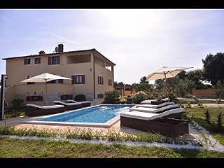 34971 H(8) - Liznjan - Liznjan vacation rentals