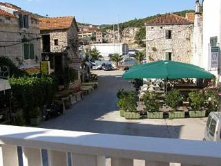 35012 A Duje (2+1) - Marina - Central Dalmatia vacation rentals