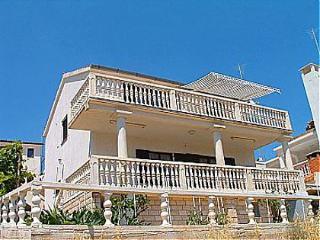 00504RUKA A1(4+2) - Cove Rukavac - Vis vacation rentals