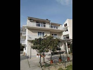 35267  A4(2+2) - Duce - Duce vacation rentals