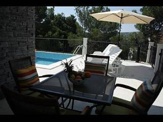 35305  A1(6+1) - Primosten - Supetar vacation rentals