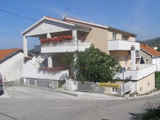 35378 A2(3+2) - Seget Vranjica - Seget Vranjica vacation rentals