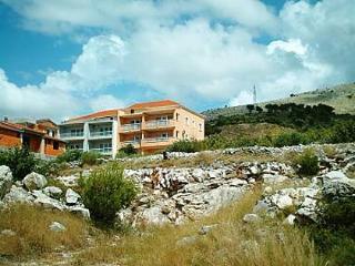 2055 A3 (2+2) - Seget Donji - Seget Donji vacation rentals