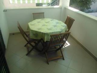 2160 A2(2+2) - Tribunj - Tribunj vacation rentals