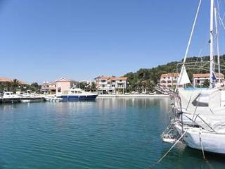 2649 A1(2) - Kukljica - Island Ugljan vacation rentals