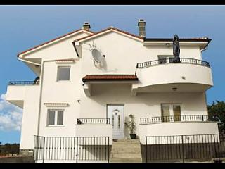 3102  A1(2+2) - Lun - Island of Pag vacation rentals