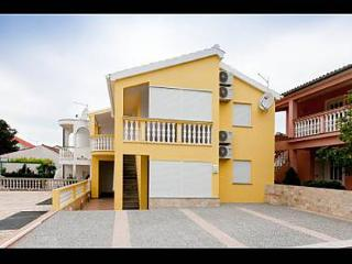 3403 A5(2+2) - Petrcane - Susica vacation rentals