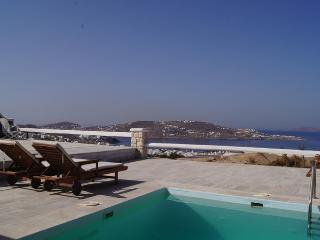 Villa En Plo over Mykonos town - Mykonos Town vacation rentals