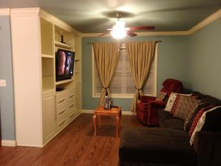 Silverado Ranch Condo Near Strip. Safe and Cozy! - Las Vegas vacation rentals