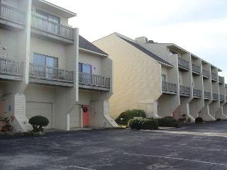3BR/2BA Oceanfront Condo with Marina, Jogging Trails, Pools and much more! - Morehead City vacation rentals
