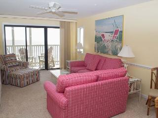 Beautifully Decorated 2BR Oceanfront Condo! - Pine Knoll Shores vacation rentals