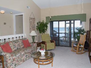 Soundfront Condo with great views of Bogue Sound! - Pine Knoll Shores vacation rentals