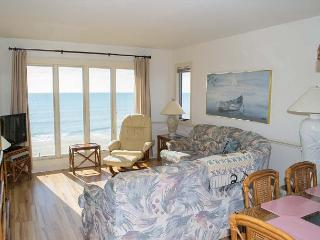 3BR Oceanfront Condo with fantastic views of the sandy beach! - Pine Knoll Shores vacation rentals