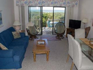 Oceanfront Condo with Great Amenities! - Pine Knoll Shores vacation rentals