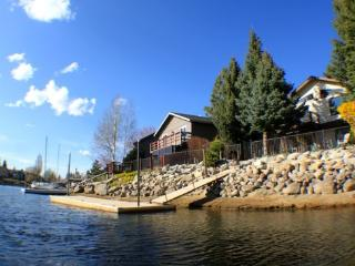 *Waterfront, Pet-Friendly + Bikes & Kayaks* - South Lake Tahoe vacation rentals