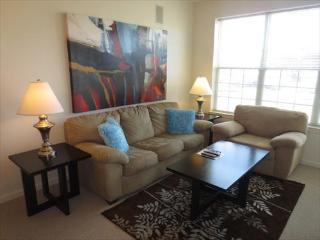 Raritan 1BR w/balc mins from train - Raritan vacation rentals