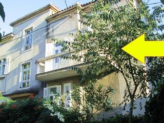 Luisa 1- old town apartment - Split vacation rentals