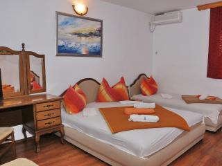 Mostar Inn - Triple Room 4 - Mostar vacation rentals