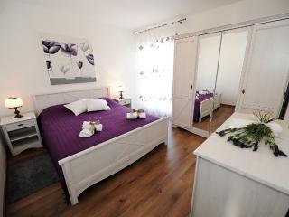 Mediterranean Style Apt. in Zadar - Zadar vacation rentals