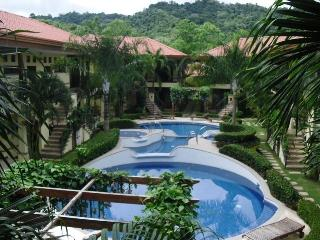 BEAUTIFUL FULLY FURNISHED CONDO WITH POOL - Jaco vacation rentals
