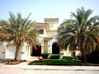 Stunning Garden Home on the Palm Jumeirah - Dubai vacation rentals
