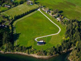 Brentwood Bay Oceanfront-Min 4 month rental - Victoria vacation rentals