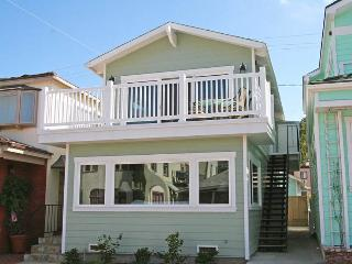 318 Claressa Ave - Upper - Catalina Island vacation rentals