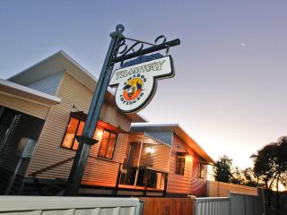 Emaroo Tramway Cottage - Broken Hill vacation rentals