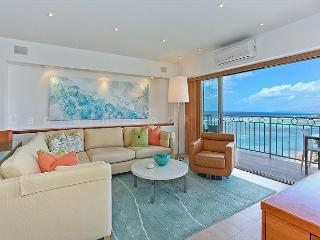 Luxurious Beachfront 2 Bedroom Condo - Sleeps 4 - Perfect for 2 Couples- - Honolulu vacation rentals