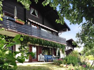 Enchanting house in Windorf/Ebersberg, Bavaria, with garden and panoramic view - Aicha vorm Wald vacation rentals