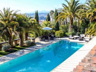 Apartment in nice villa, pool, garden,parkings - Nice vacation rentals