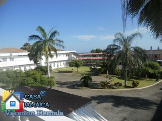 2 Bdrm Apt (Pompano Palms) Budget Vacation Rentals - Ocho Rios vacation rentals