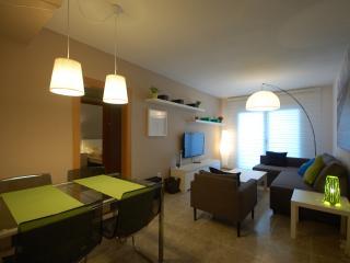 NEW FLAT BEACHFRONT / CASTELLDEFELS - Tossa de Mar vacation rentals