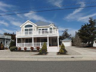 Large Shore Home Close to the Beach! - Avalon vacation rentals