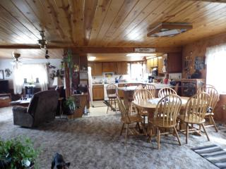 Gorgeous home with a view - South Dakota vacation rentals