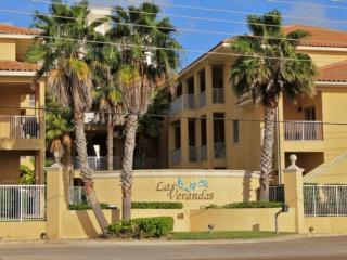Las Verandas 205  Pool & courtyard, gated complex - South Padre Island vacation rentals