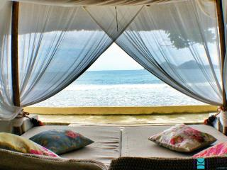 Beachfront villa on Private Island (1) - Coron - Coron vacation rentals