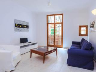 Quintessential apARTment for six - Palma de Mallorca vacation rentals