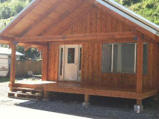 UP THE JOE LODGE - Calder vacation rentals