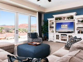 A brand new vacation home in St. George with amazing golf views. - Saint George vacation rentals