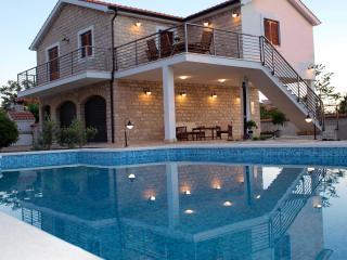Unique expirience Villa Piscina**** - Rogac vacation rentals