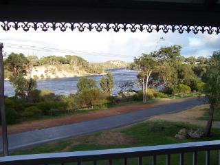 Riviera - Australia vacation rentals