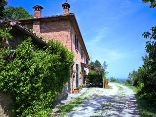 House S. Fausta 2103 - Lucignano vacation rentals