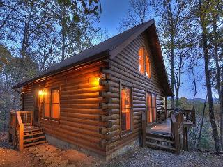 GREAT MOUNTAIN VIEW!! Cozy, 2 bedroom Real Log Cabin with Hot Tub!! - Ellijay vacation rentals